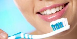 تغذیه مناسب برای زیبایی و سلامت دندان و لثه